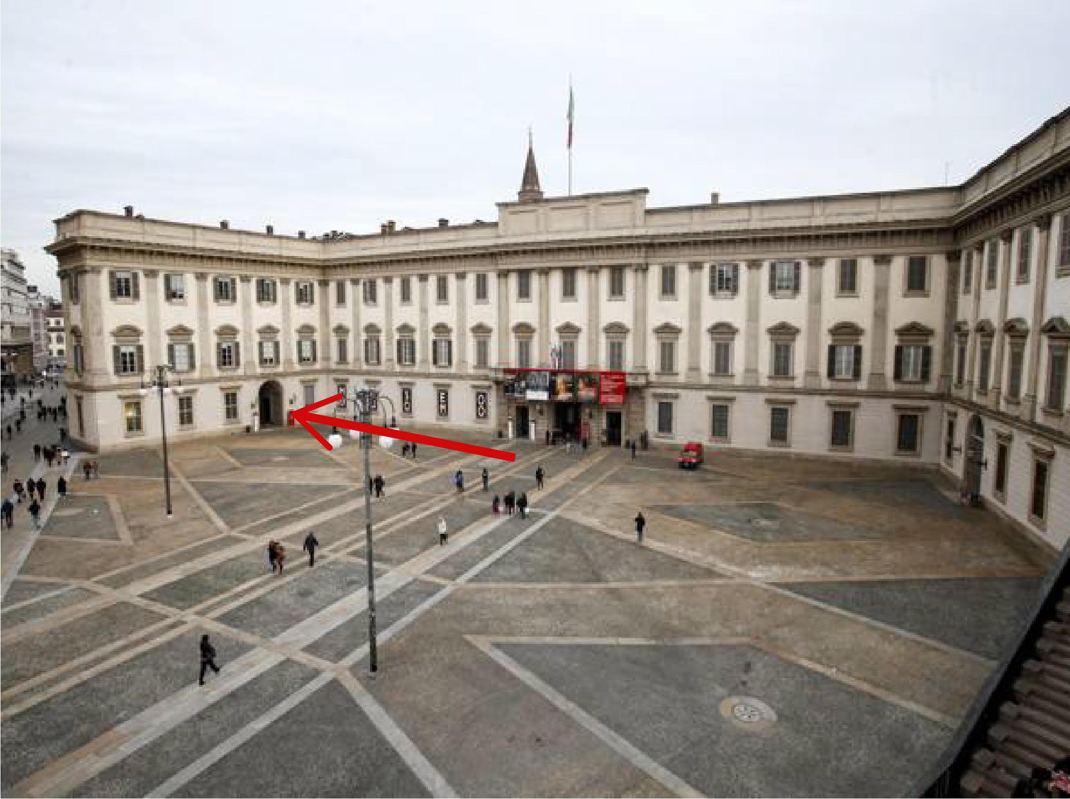 Ingresso Sala Conferenze Palazzo Reale Milano
